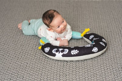 TAF Toys 2-in-1 Tummy Time Pude