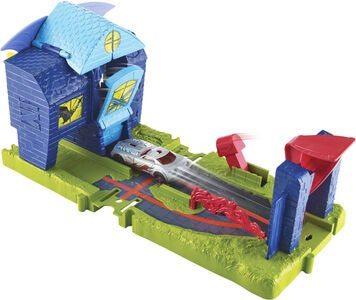 Hot Wheels City Bat Manor Attack Legesæt