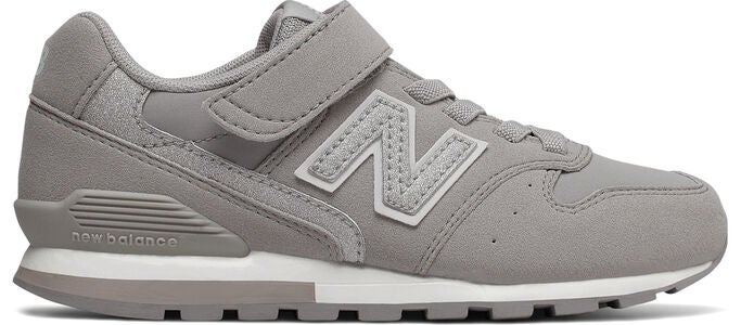 New Balance 996 Sneakers, Grey/Silver